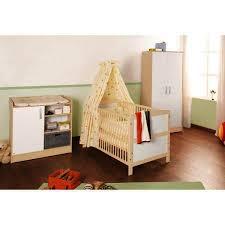 chambre bébé avec lit évolutif chambre bébé complète florian en bois d érable
