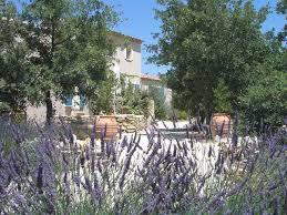 luberon chambre d hote chambres d hôtes dans provençal de caractère dans le parc