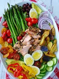 cuisine nicoise sesame crusted salmon nicoise salad proud cook