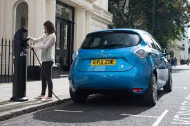 renault blue 2017 renault zoe z e 40 uk pricing and specifications announced