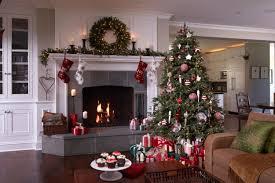 3 stylish ways to decorate your holiday mantel