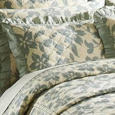 briar vintage inspired floral quilt bedding