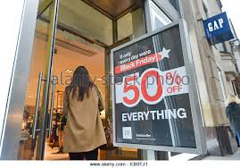 gap black friday sale oxford street shoppers gap stock photos u0026 oxford street shoppers