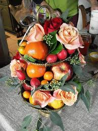 edible fruit centerpieces wedding flower fruit centerpieces edible centerpieces fruits