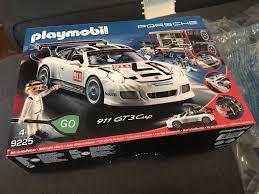 playmobil porsche mit dem porsche 911 gt3 cup von playmobil auf die pole position