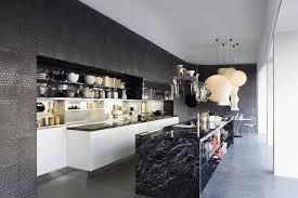 cuisine marbre noir le marbre noir en décoration intérieure où l utiliser et à quoi