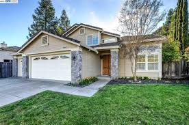 Real Estate Pending 2366 Shelley 5200 Portillo Vly San Ramon Ca 94582 Mls 40771652 Redfin