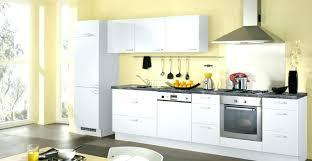 toute cuisine 2m2 toute cuisine cuisine ouverte soignez la toute