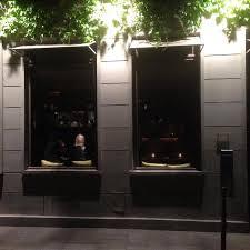 des gar輟ns dans la cuisine restaurant inside view picture of des gars dans la cuisine