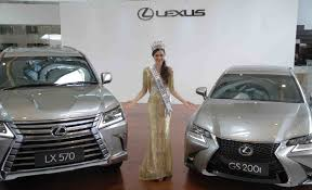 lexus car indonesia putri indonesia luncurkan 2 mobil baru lexus otomotif magz