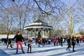 winter patinaje sobre hielo y espectáculos de circo en
