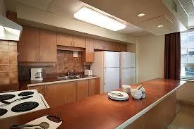 cuisine entierement equipee cuisine entièrement équipée à l usage de tous nos invités tables