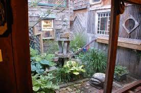 one of several interior courtyards picture of the log house 1776