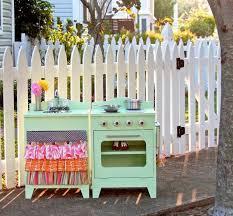 cuisine jardin cuisine enfant bois 50 idées pour surprendre votre