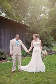 abby jonathan u0027s rustic chic spring wedding u2014 the barn at twin