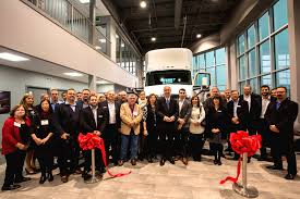 build your own kenworth truck kenworth truck ontario moves to new groundbreaking facility