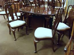 Queen Anne Dining Room Furniture by Ethan Allen Queen Anne Style Oval Carved Walnut Dining Table And