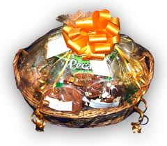 fruit and nut gift baskets gift baskets weaver markets