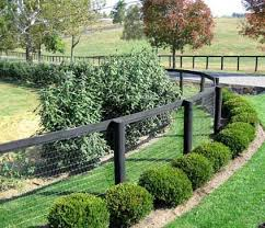 Fence Line Landscaping by Best 20 Acreage Landscaping Ideas On Pinterest Landscape Design
