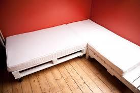 faire un canapé comment faire un canapé avec des palettes en 3 é 2meuble en