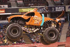 monster truck show atlanta for nicole johnson scooby doo u0027s driver is no monster jam mystery