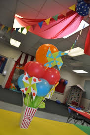 best 25 circus theme centerpieces ideas on pinterest circus