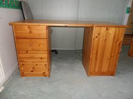 bureau en pin achetez bureau pin massif occasion annonce vente à péronnas 01