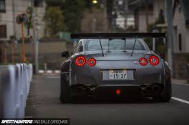 nissan gtr wide body living with a widebody gt r speedhunters