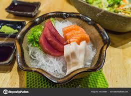 jeux de cuisine japonaise cuisine japonaise frais tranchés jeu de sashimi hirame saumon et le