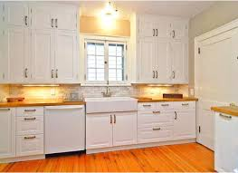 kitchen cabinet handle ideas how to choose kitchen cabinet hardware what you need to