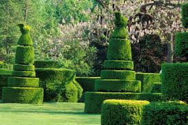 Columbus Topiary Garden - incredible topiaries hgtv
