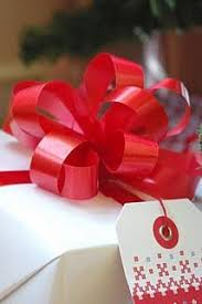 big present bow how to make a pretty gift bow gift bow wraps and gift