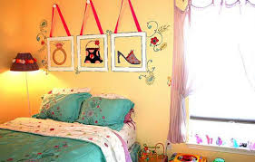 Bedroom Wall Decor Cheap Bedroom Wall Decor For Teenagers And - Cheap bedroom decorating ideas for teenagers