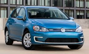 volkswagen hatchback 2015 volkswagen e golf limited edition omits some features costs less