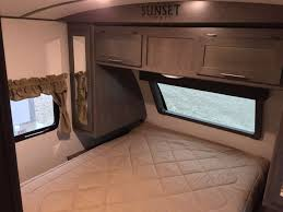 Sunset Trail Rv Floor Plans by 2018 Crossroads Sunset Trail Grand Reserve 26si Travel Trailer