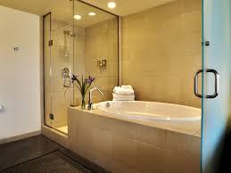 Stadium Bathrooms Hotel Near The University Of Iowa University Of Iowa Hotel