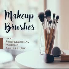what are the types of makeup brushes that professional makeup