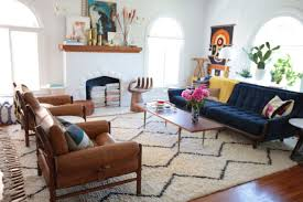 Small Desk Next To Sofa Tips To Choosing The Right Rug Size Emily Henderson