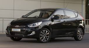 2014 hyundai accent hatchback review hyundai accent hatches hyundai accent and cars