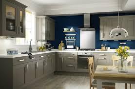deco cuisine taupe la couleur taupe pour une cuisine moderne et top aktumag