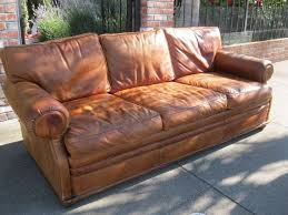 Leather Sofas For Sale by Best 25 Distressed Leather Sofa Ideas On Pinterest Distressed