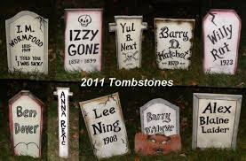 Outdoor Halloween Tombstone Decorations by Funny Halloween Tombstones Halloween Decorating Ideas For Outside