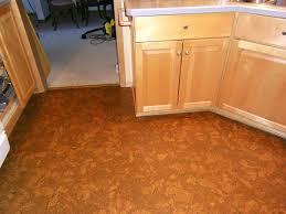 cheap kitchen flooring ideas new inexpensive kitchen flooring 1 photos 100topwetlandsites