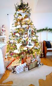 ideas for classic christmas tree decorations happy 148 best christmas tree themes images on christmas
