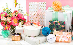 bridal gift bridal shower gift table ideas crate and barrel
