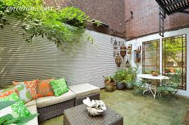 Bedroom Bar This 7 600 Month West Chelsea Duplex Has A Secret Garden And A