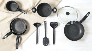 ustensile de cuisine en plastique ustensiles de cuisine ustensiles de cuisine en plastique noir
