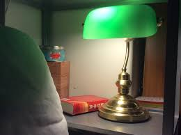 Bankers Style Desk Lamp 25 Methods To Make Your Home Beautiful With Green Bankers Lamps