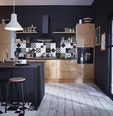 cuisine style indus une cuisine style industriel en bois clair et noir leroy merlin
