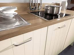wandabschlussleiste k che die küchenarbeitsplatte mit abschlussleiste ausstatten
